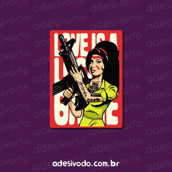 Adesivo da Amy Winehouse com metralhadora