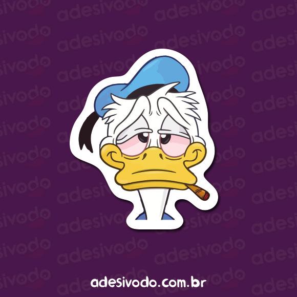 Adesivo do Pato Donald Fumando